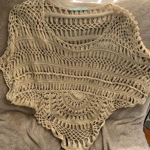 Maurice's large open knit crop top